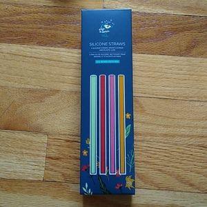 New silicone straws